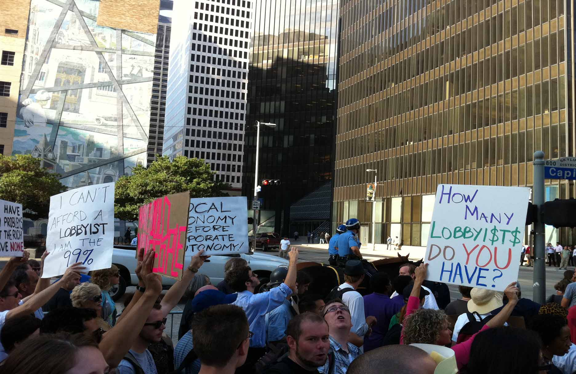Peaceful Occupy Wall Street Protests spread to Houston. Photo: George Lupercio