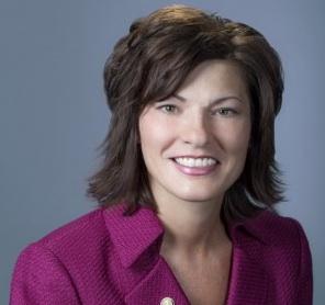 Dr. Brenda Hellyer thumb
