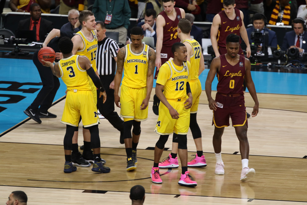 Sister Jean consoles Loyola players after Cinderella season ends in Final Four