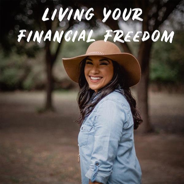 Santana Perez, Money Latina, financial education